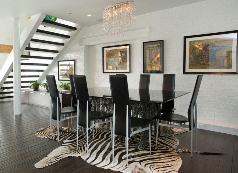 Ковер-шкура в интерьере, модно и невероятно уютно!