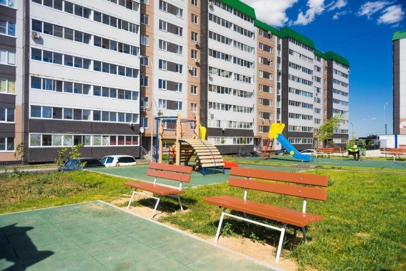 Волгоградский ЖК «Ново-Комарово» остеклят окнами REHAU
